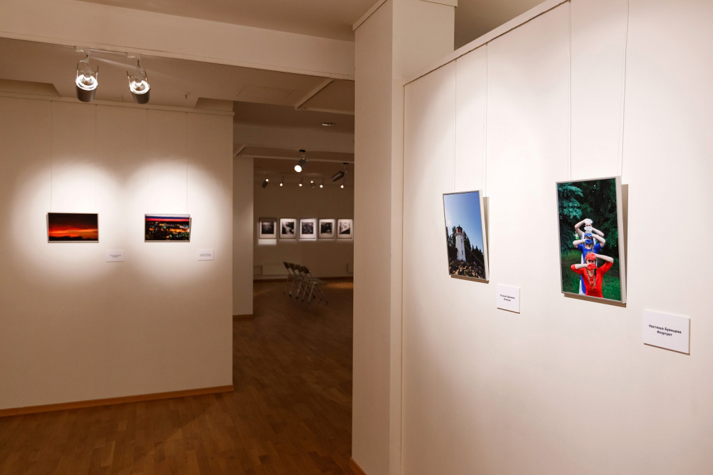 exhibition_web_002.jpg